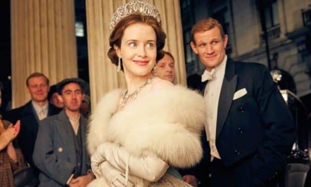"""Gdy królowa zarabia mniej niż książę – kontrowersje w portfelach aktorów """"The Crown"""""""
