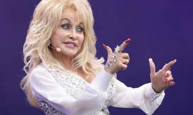 Dolly Parton łączy siły z Netflixem