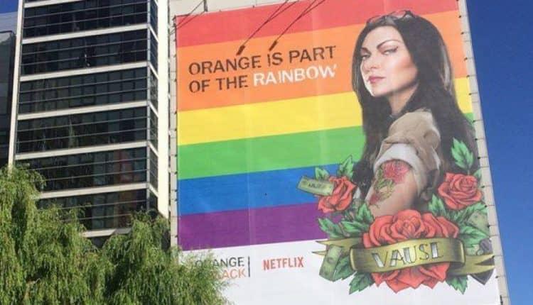 oragne 750x430 - Netflix murem.... muralem stoi za Marszem Równości