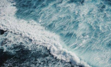 Światowy Dzień Morza – zestawienie seriali, których akcja często toczyła się nad akwenem