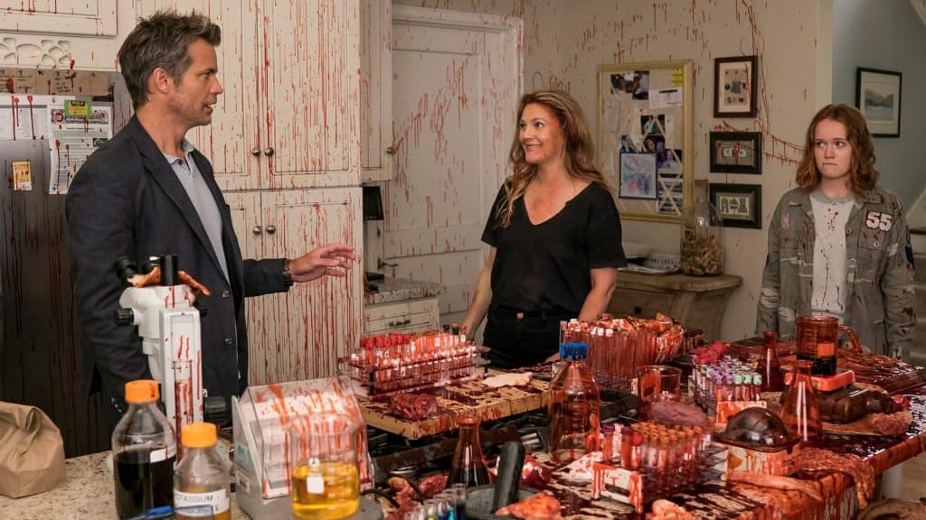 charming video announces season 3 date for santa clarita diet on netflix2