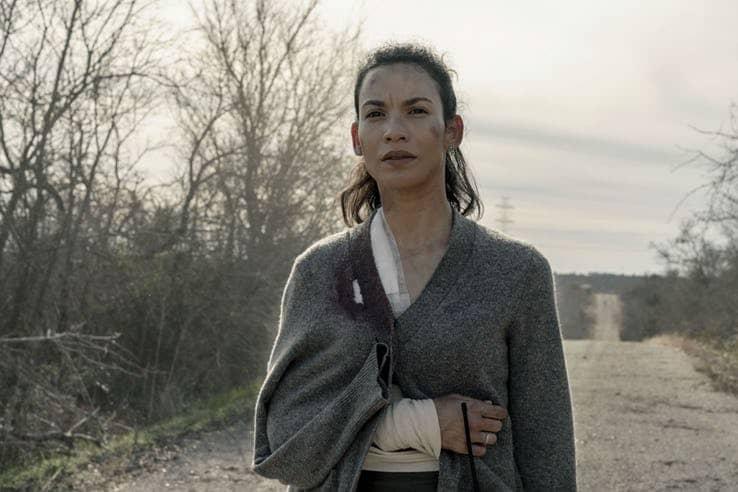 danay garcia as luciana in fear the walking dead 1