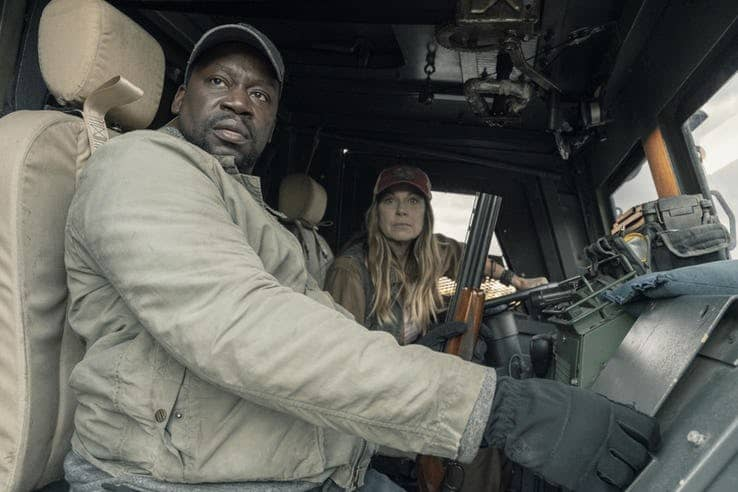 daryl mitchell as wendell and mo collins as sarah in fear the walking dead 1
