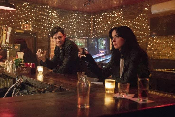 jessica jones season 3 krysten ritter drinking