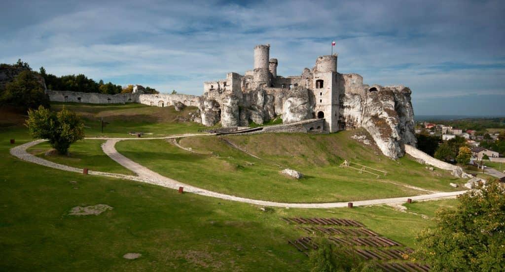 ogrodzieniec zamek 2