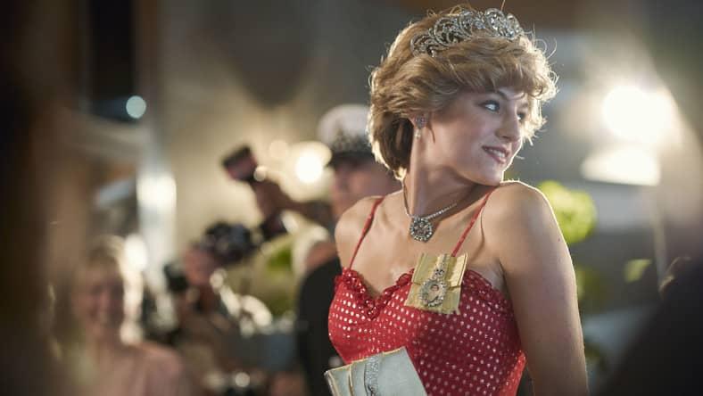 emma corrin jako diana spencer w serialu the crown