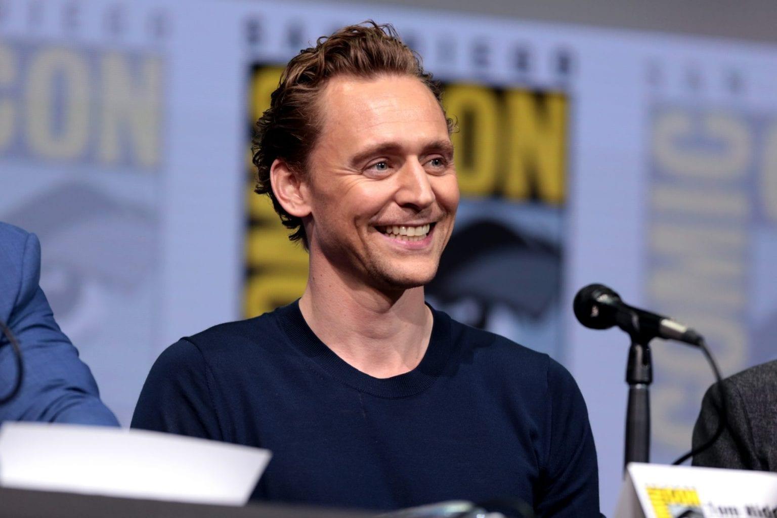 tom hiddleston 36109110291 scaled