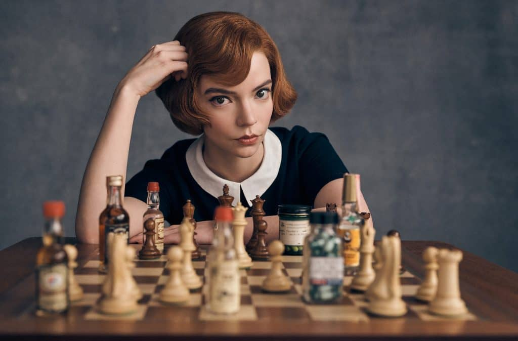 Gambit królowej - oryginalne hobby serialowych bohaterów