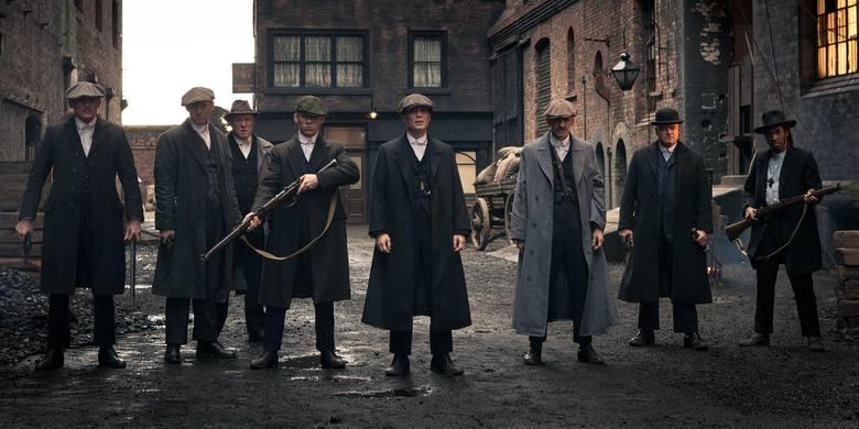 peaky blinders - najlepsze seriale osadzone w Anglii