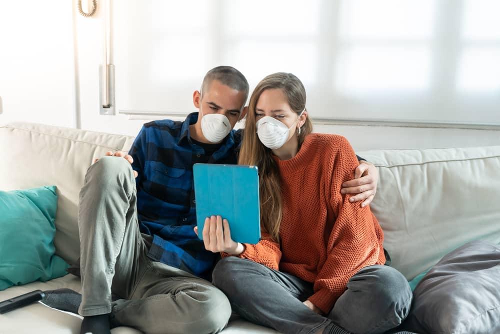 ogladanie seriali w pandemii